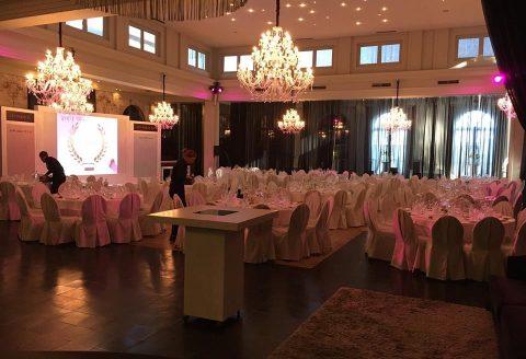 """Service DJ et conférence pour cet événement d'entreprise à Schilde, à la salle """"Het's Gravenhof"""""""