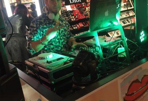 Notre Merchandising avec DJ se trouve au Luxembourg, Shopping Concorde de Bertrange !